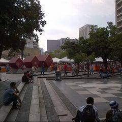 Photo taken at Plaza Luis Brión by Tecnomovida C. on 9/18/2012