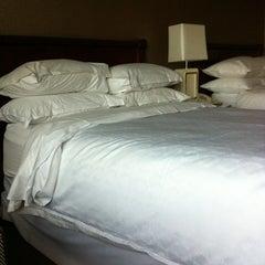Photo taken at Sheraton Tysons Hotel by Elain R. on 11/16/2012