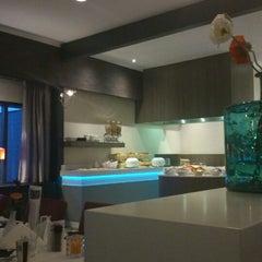 Photo taken at Van der Valk Hotel Wieringermeer by Rieneke S. on 11/2/2014