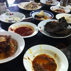 Photo taken at Restoran Hoover by Aizat H. on 11/21/2012