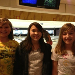 Photo taken at Rolling Lanes Bowling Alley by Lilibeth M. on 1/3/2013