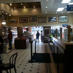 Photo taken at Ghirardelli Ice Cream & Chocolate Shop by Mert E. on 2/12/2013