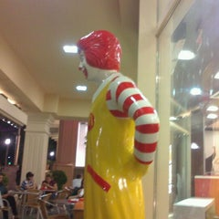 Photo taken at McDonald's by Javid A. on 10/5/2012