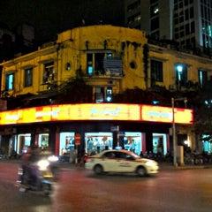 Photo taken at Ga Hà Nội (Hanoi Station) by Nguyen A. on 11/9/2012