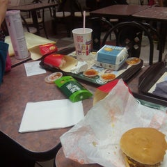 Photo taken at McDonald's by Fazzyrah Y. on 8/31/2015