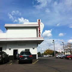 Photo taken at Swensons Drive-In by Jerry R. on 9/29/2012