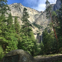 Photo taken at Lower Yosemite Falls by Макс В. on 7/21/2015