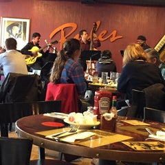 Photo taken at Ryles Jazz Club by Jamal S. on 11/30/2014