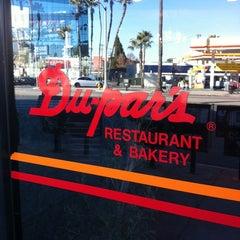 Photo taken at Du-par's Restaurant & Bakery by Tamara M. on 1/19/2013