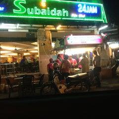 Photo taken at Nasi Kandar Subaidah by NieZa R. on 12/5/2012