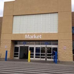 Photo taken at Walmart Supercenter by Vashon B. on 11/1/2013