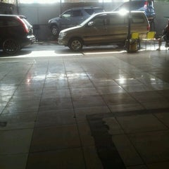 Photo taken at Jet Wash Auto Detailing by Henry H. on 12/30/2012