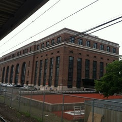 Photo taken at New Haven Union Station by David N. on 6/24/2013