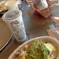 Photo taken at Chipotle Mexican Grill by Kimberly on 10/20/2012