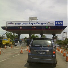 Photo taken at Gerbang Tol Cambaya by Sari on 12/13/2012