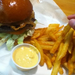 Photo taken at P.S. Burgers by Marron M. on 10/12/2012