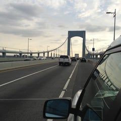 Photo taken at Throgs Neck Bridge Lookout Parking Lot by Ceej J. on 11/25/2012