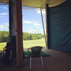 Photo taken at Leatherman Golf Learning Center by Japhy on 5/25/2015