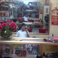 Photo taken at Phuong's barbershop by Tuan Anh N. on 10/10/2012
