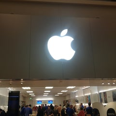 Photo taken at Apple Store, West County by Eric E. on 3/9/2013