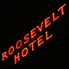 Photo taken at The Hollywood Roosevelt by Steven P. on 1/20/2013