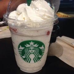 Photo taken at Starbucks Coffee 草津国道1号店 by Mitsumasa H. on 4/15/2015