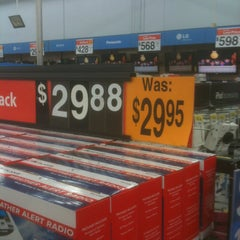 Photo taken at Walmart Supercenter by Charles L. on 3/17/2013