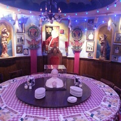Photo taken at Buca di Beppo Italian Restaurant by Cody D. on 2/23/2013