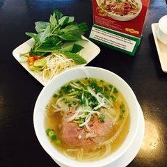 Photo taken at Phở 24 @ Vincom Center B by Chiaki O. on 4/21/2014
