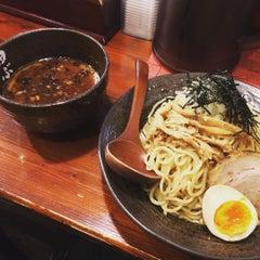 Photo taken at 麺処 田ぶし by Eisuke N. on 9/3/2015