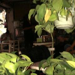 Photo taken at Cafe 71 by Sơn V. on 4/3/2013