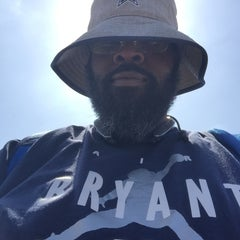 Photo taken at Dallas Cowboys Training Camp by Kenneth B. on 8/9/2015