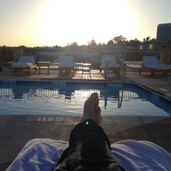 Photo taken at Le Montrose Rooftop Pool by Rob H. on 4/10/2015