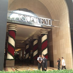Photo taken at Shopping Iguatemi by Justo D. on 12/14/2012