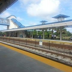 Photo taken at Tri-Rail - Boca Raton Station by Ron N. on 5/30/2013