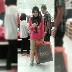 Photo taken at Brands Outlet by Aein M. on 8/1/2015