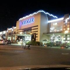 Photo taken at Kroger by Caramels' D. on 3/1/2013