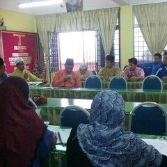 Photo taken at Sekolah Agama Menengah Rawang (SAMER) by Hjh Norhasimah H. on 10/2/2015