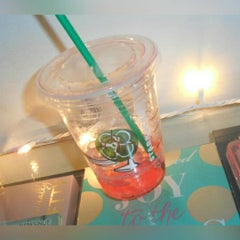Photo taken at Starbucks by Jessica R. on 8/17/2015