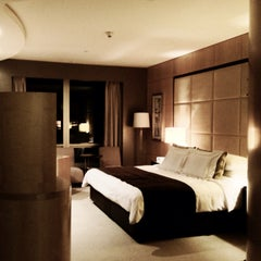 Photo taken at Shangri-La Hotel by Jakob K. on 5/12/2013