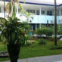 Photo taken at Universitas Hang Tuah by Christian A. on 6/23/2015
