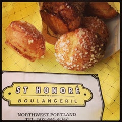 Photo taken at St. Honoré Boulangerie by Kelly Jo H. on 3/1/2013