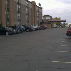 Photo taken at Radisson Hotel Minneapolis/St. Paul North by Rorie H. on 10/28/2012