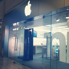 Photo taken at Apple Store, Freehold Raceway Mall by Sarah O. on 3/1/2013