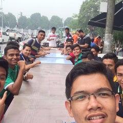 Photo taken at Restoran Nawas Maju by Muhamad Zul Izzat on 9/14/2015