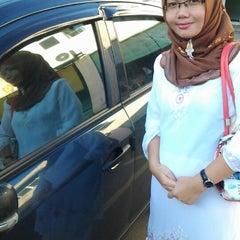 Photo taken at Masjid Pekan Papar by Mohd Wirah M. on 11/24/2012