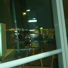 Photo taken at Gate D39 by Daniel W. on 12/8/2012