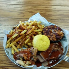 Photo taken at Old Carolina Barbecue Company by Darryl L. on 6/7/2015