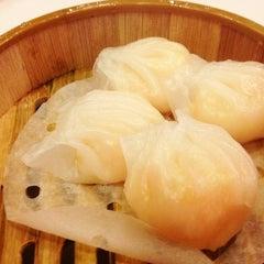 Photo taken at Jing Fong Restaurant 金豐大酒樓 by Roger on 1/16/2013