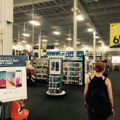 Photo taken at Best Buy by Lauren M. on 7/29/2015